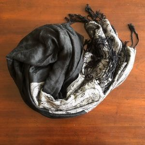 Black and gray paisley 100% cashmere scarf